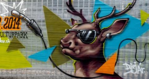 Deer in da park